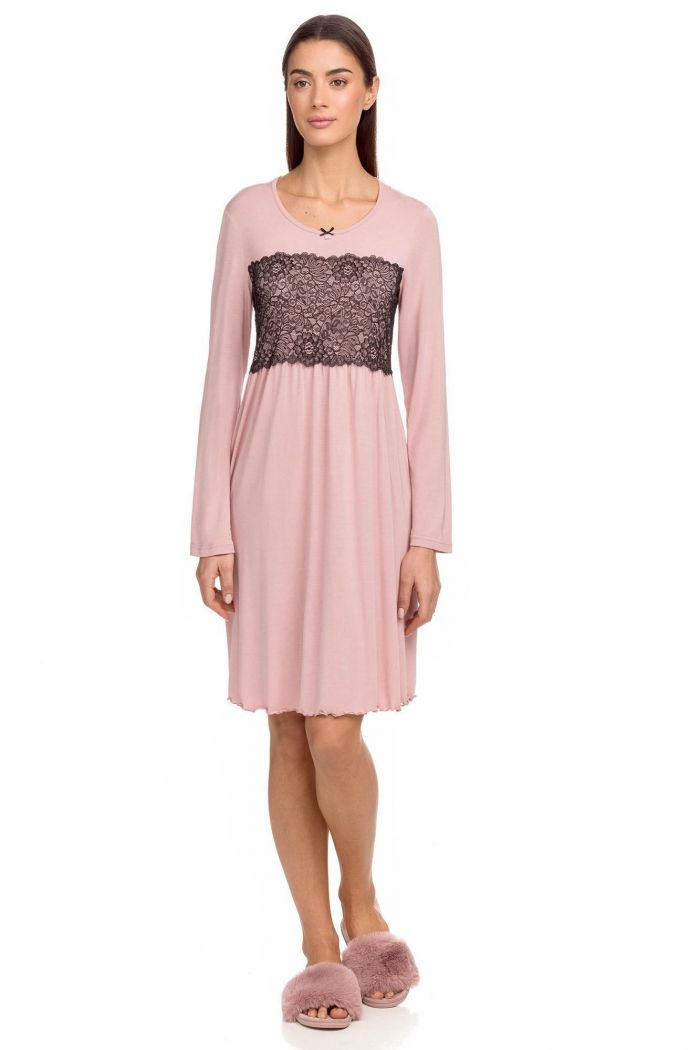 Women's plain nightgown with lace