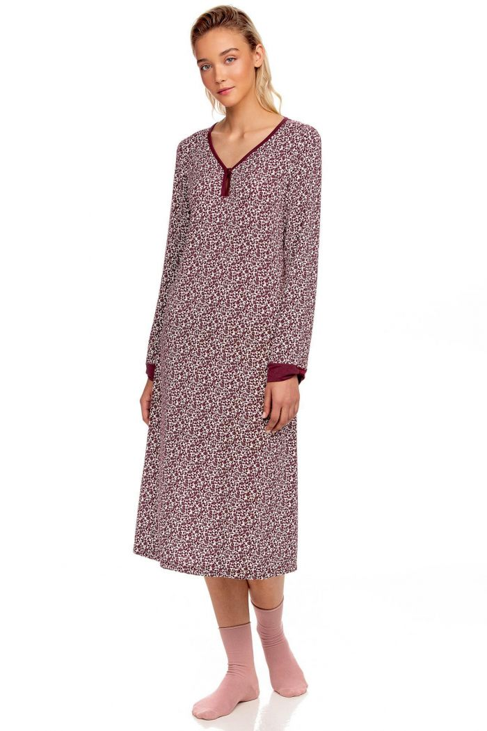 Women's nightgown with V-neck
