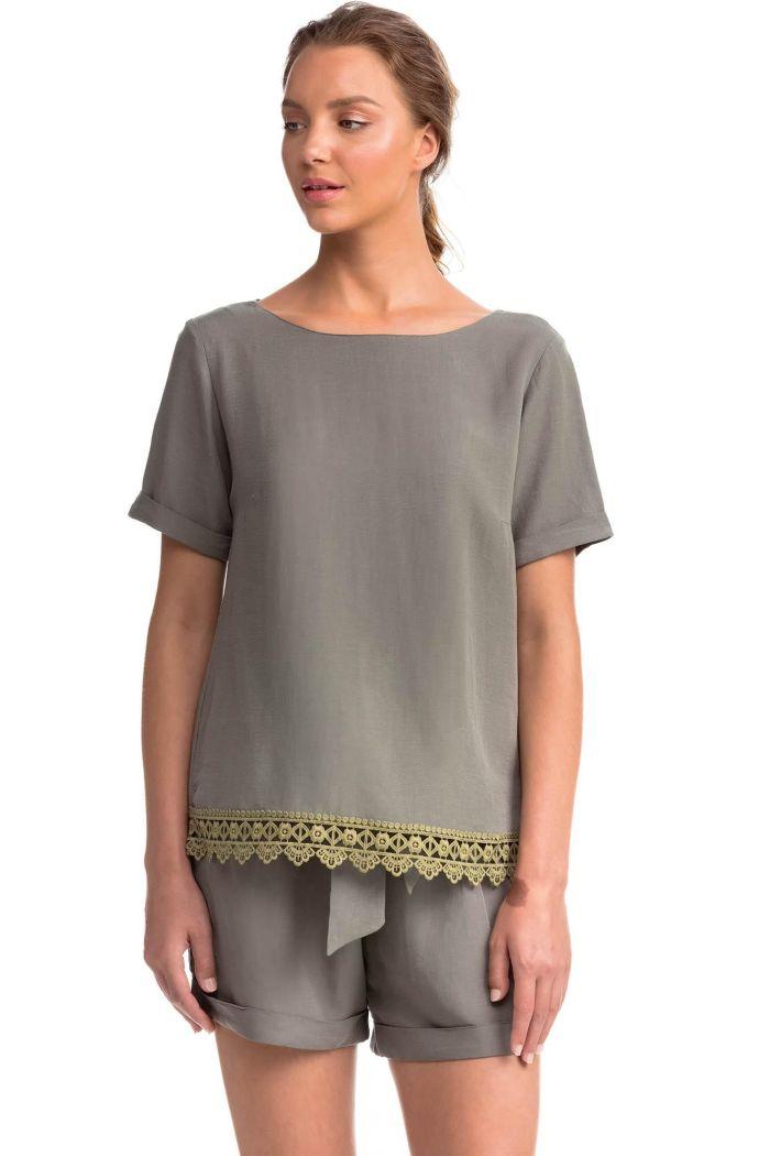 Short-Sleeved Linen Top
