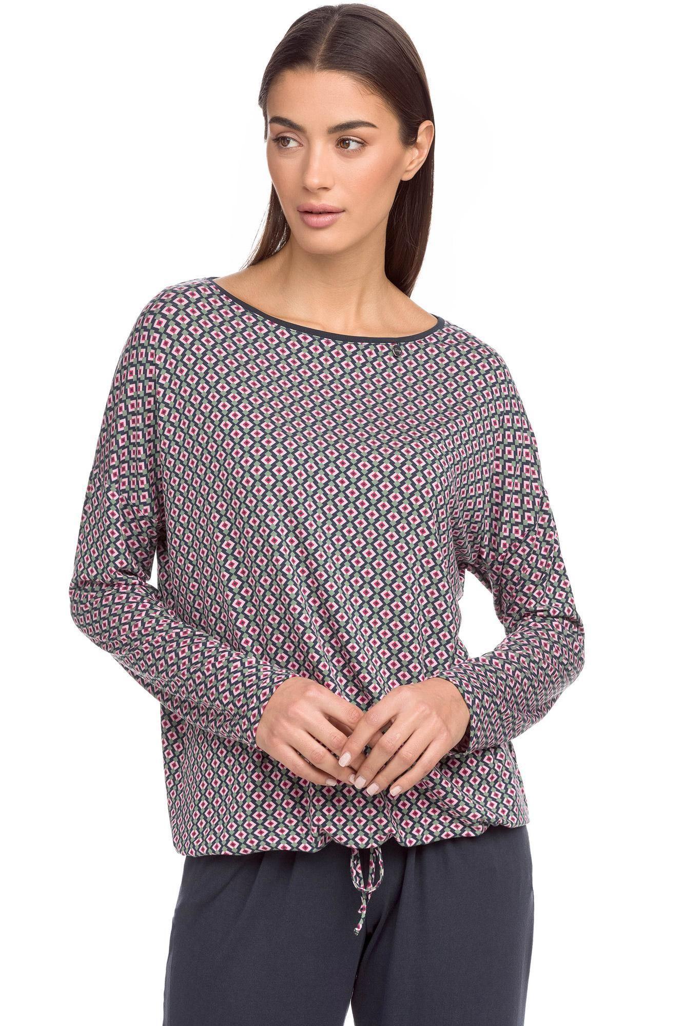 Γυναικεία πυτζάμα με εμπριμέ μπλούζα